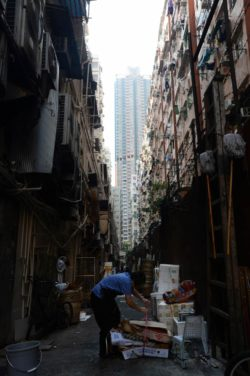 Hong Kong Guide - Giving Back @ SoCO - Big Foot Tour - Hong Kong Tours