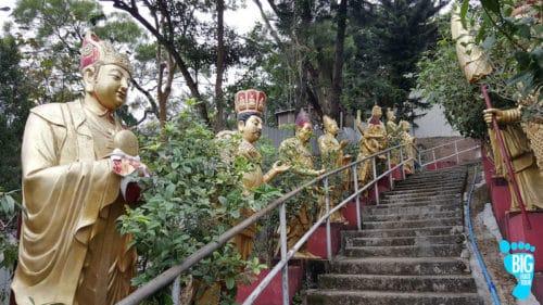 Ten Thousand Buddhas Monastery - Hong Kong Walking Tour Guide Step 26
