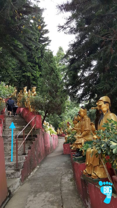 Ten Thousand Buddhas Monastery - Hong Kong Walking Tour Guide Step 31