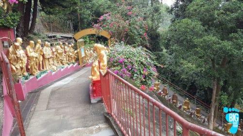 Ten Thousand Buddhas Monastery - Hong Kong Walking Tour Guide Step 34